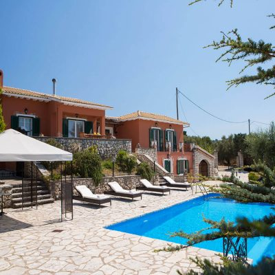 Modern villa in Tsoukalades, Lefkada.