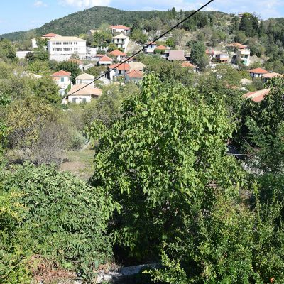 Plot with an old detached house in Lazarata, Lefkada.