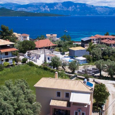 Detached house with garden in Nikiana Lefkada.